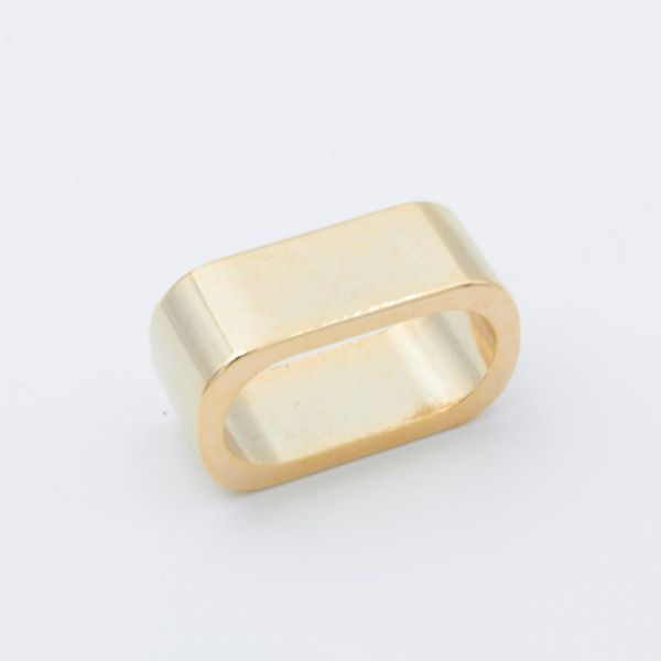 Oval-Ring 22x11 gold